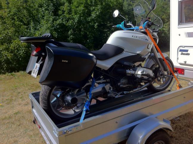 attaché remorque moto bmw